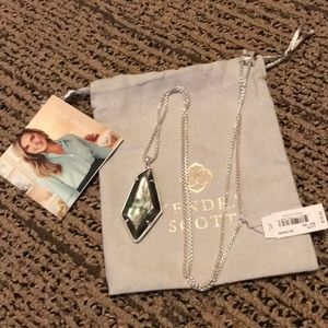 NWT Kendra Scott Lilith Necklace.